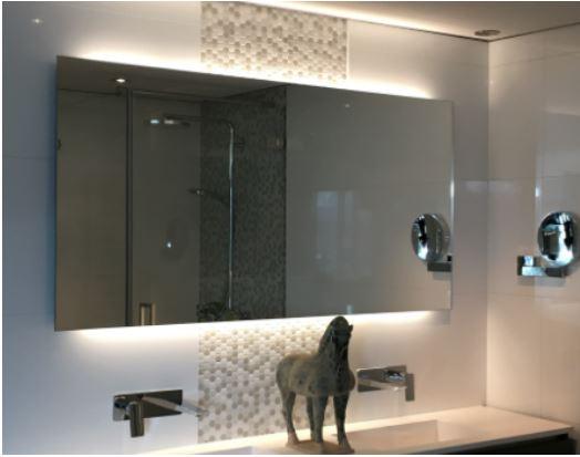Spiegel Stone Company met indirecte verlichting en verwarming ...